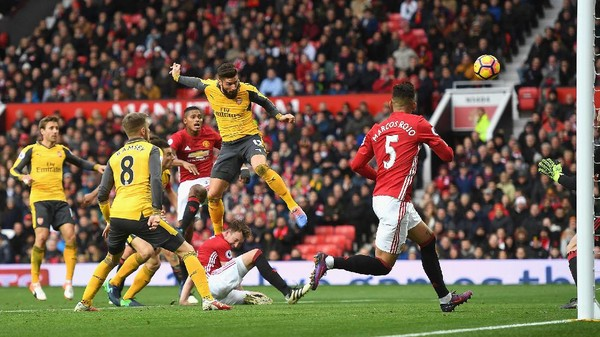 Tim Pelapis MU Mungkin Bisa Menang Lawan Arsenal