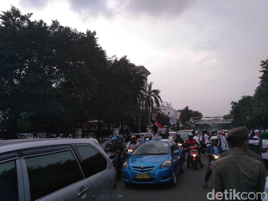 Aksi 55 Selesai, Jalan di Sekitar Istiqlal Sudah Bisa Dilalui