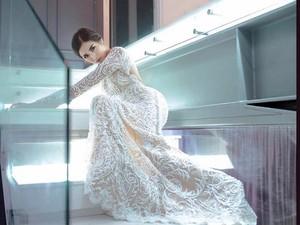 <i>White Lady</i>! Jessica Iskandar Cantiknya Nyata