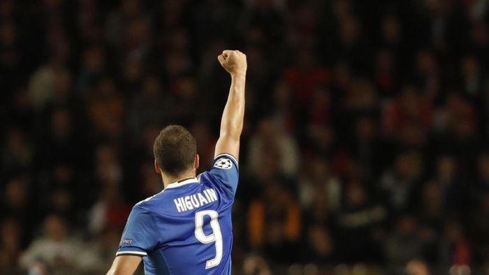 Gonzalo Higuain mau bergabung AS Roma? (Foto: REUTERS/Eric Gaillard)