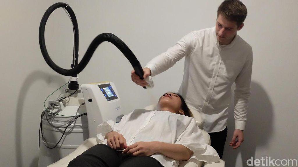 Mengenal Cryotherapy, Terapi Gas Dingin yang Kencangkan Kulit & Bakar Kalori