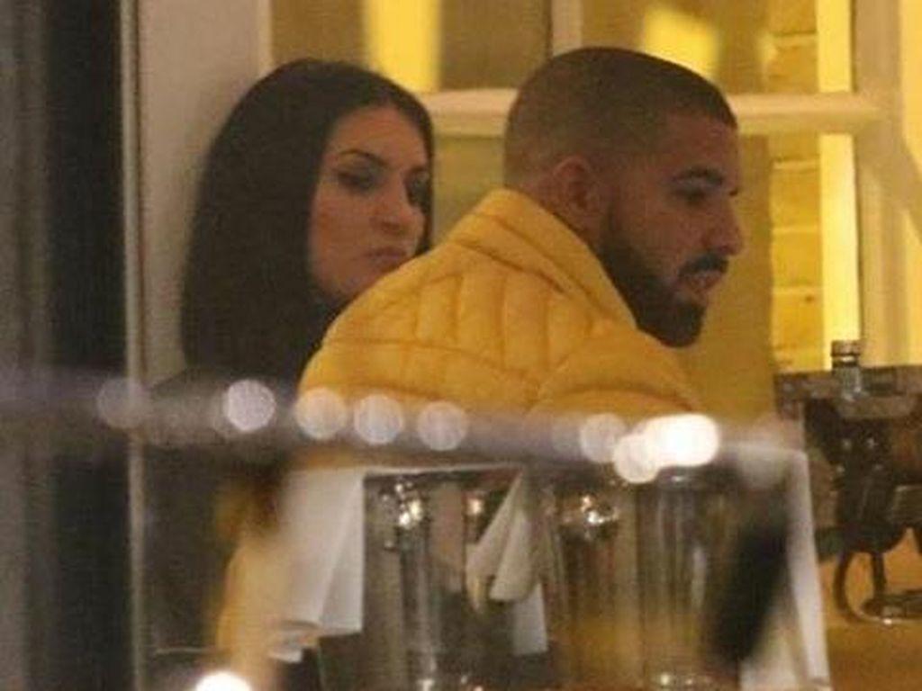 Setelah Ngaku Dihamili Drake, Kini Beredar Video Syur Sophie Brussaux