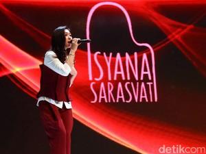 Suka Traveling ke Mana Isyana Sarasvati?