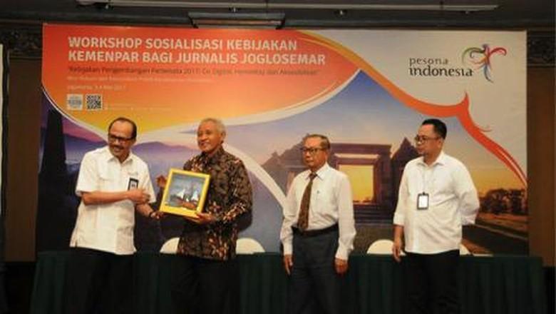 Acara Workshop Sosialisasi Kebijakan Kemenpar Bagi Jurnalis Joglosemar di Sheraton Hotel Yogyakarta, Kamis (4/5/2017).