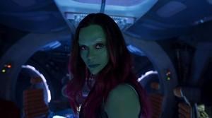 Perankan Alien di GOTG 2, Zoe Saldana Bangun Setengah Tiga Pagi