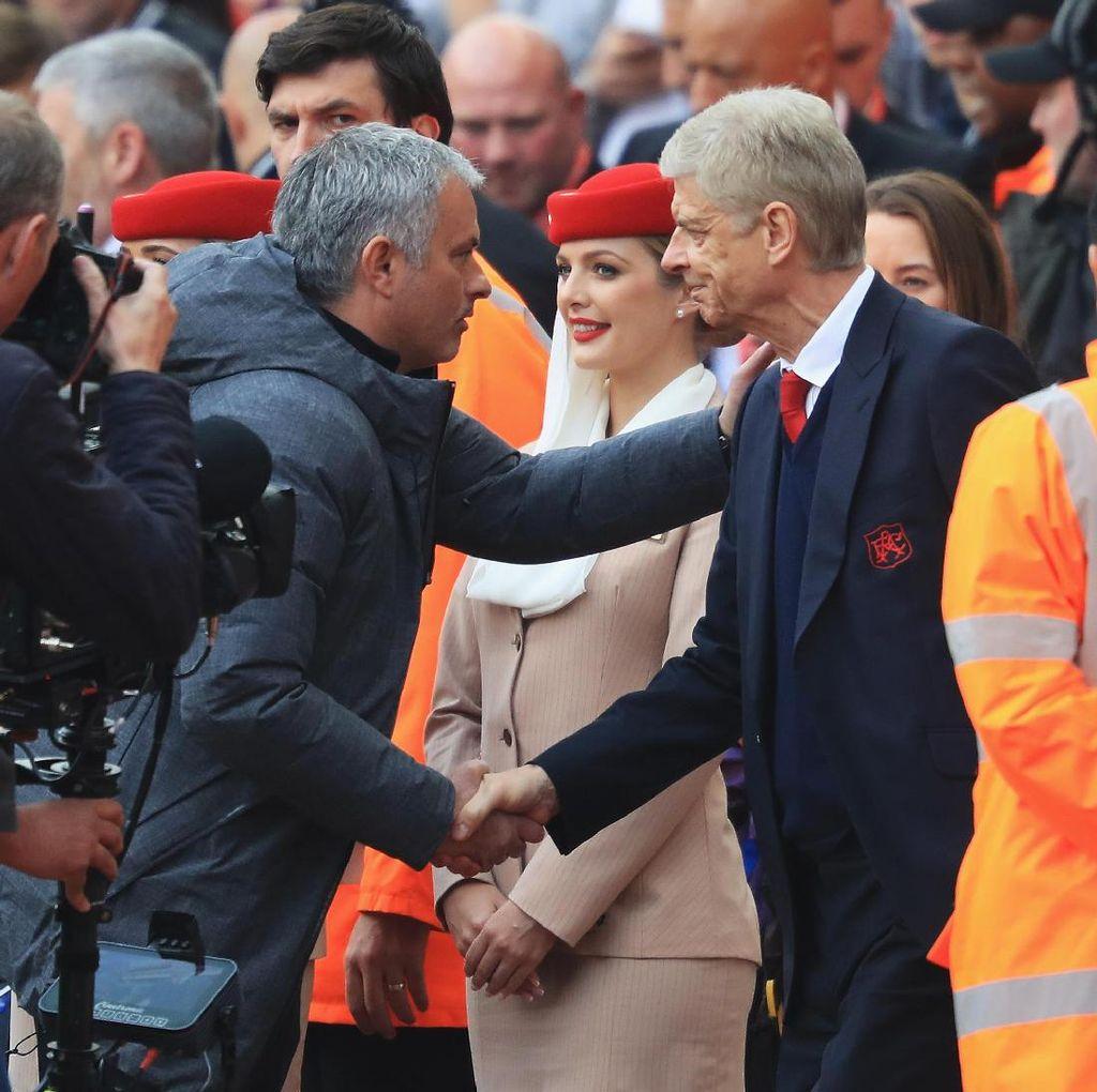 Simpati Wenger untuk Mourinho Usai MU Tersingkir dari Liga Champions