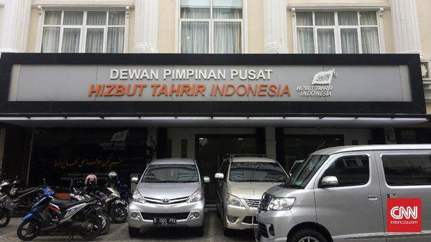 Kantor Dewan Pimpinan Pusat Hizbut Tahrir Indonesia (HTI) di kawasan Crown Palace, Tebet, Jakarta Selatan, Senin (8/5).