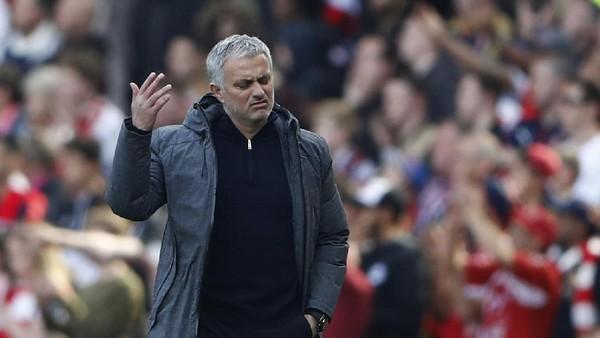 Mourinho: Gol Granit Xhaka Beruntung