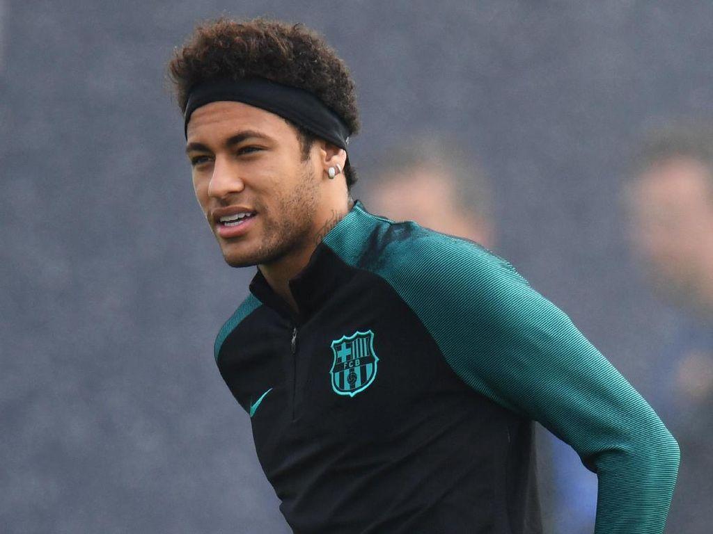 Jersey Nomor 10 Akan Jadi Kado Sambutan Pastore untuk Neymar