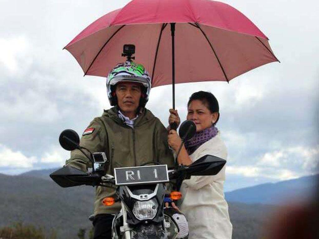 Jokowi Buka Jalan Trans Papua, Meliuk-liuk di Pegunungan