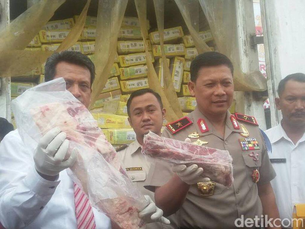 Polda Jambi Sita 15 Ton Daging Ilegal dari Luar Negeri