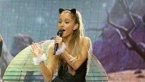 Ledakan di Konser Ariana Grande, Nicki Minaj: Hatiku Hancur!