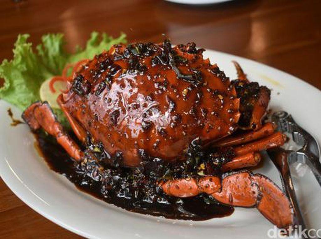 Jumat Malam Bisa Nongkrong Makan Bubur hingga Seafood Enak di Sini