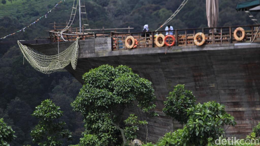 Naik Kapal di Atas Gunung, Bisa Lah Pokoknya