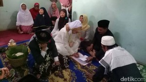 Sah! Gadis Italia dengan Pemuda Desa di Batang Akhirnya Menikah