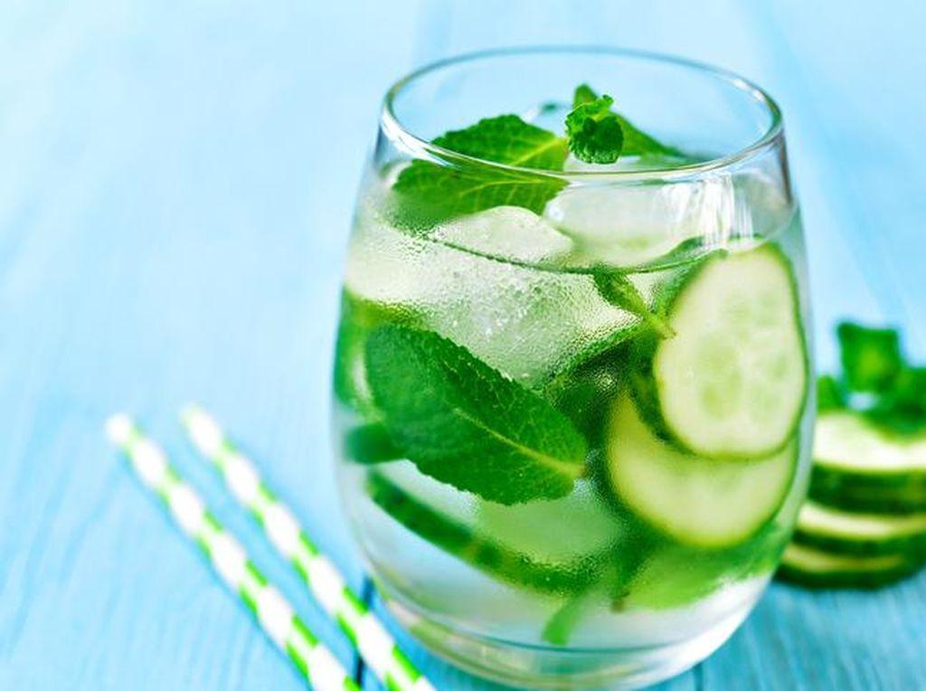 Makan Mentimun Bisa Cegah Bau Mulut dan Dehidrasi