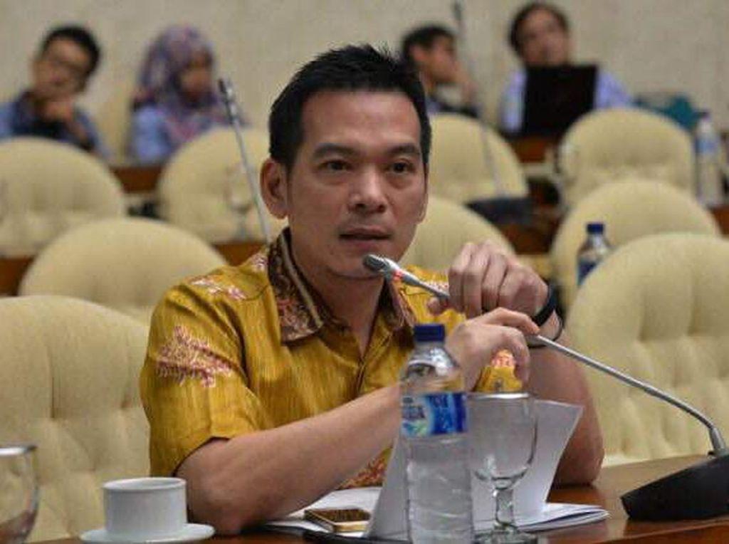 Komisi IV Minta Pemerintah Dengarkan Aspirasi Masyarakat Sekitar TN Komodo