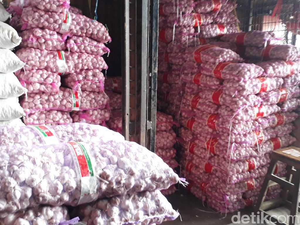 Mendag Bebaskan Impor Bawang Putih & Bombai, Sudah Izin Mentan?