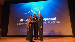 Larang Cantrang dan <i>Illegal Fishing</i>, Susi Dapat Penghargaan Internasional