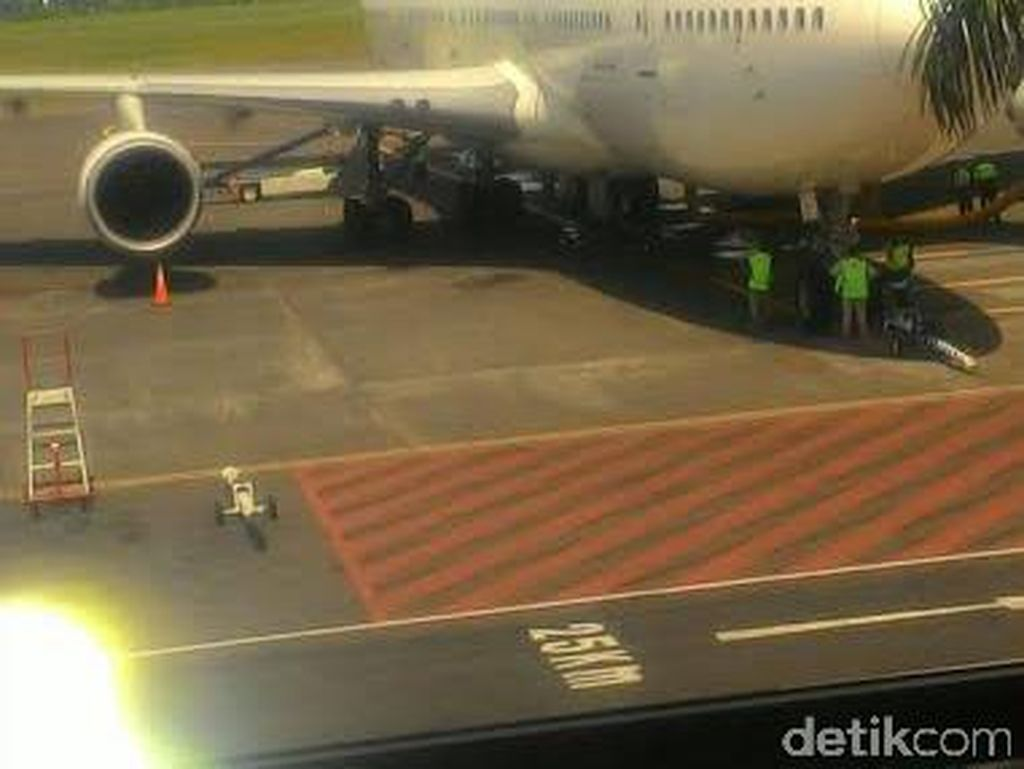 Pesawat Jamaah Umroh asal Jatim Balik ke Juanda karena Rusak