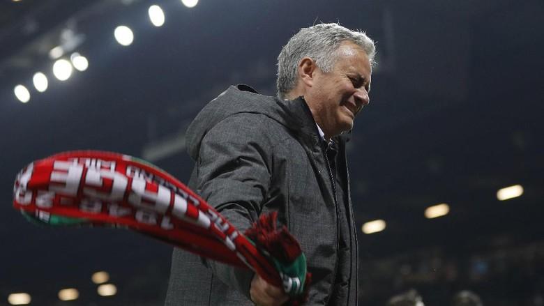 Mourinho Sebut Final Liga Europa sebagai Pertemuan Dua Monster