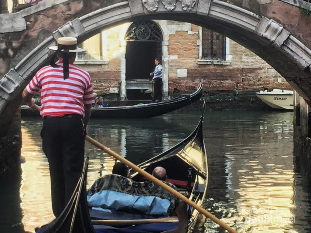 Foto: Before-After Venesia yang Dilanda Banjir Parah