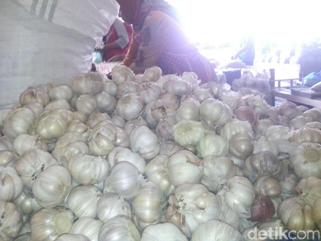 RI Impor Bawang Putih Sejak 23 Tahun Lalu Lho