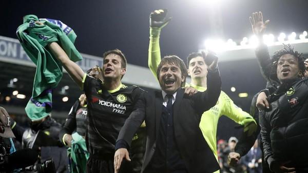Kekalahan di Emirates dan Perubahan Formasi sebagai Kunci Sukses Chelsea