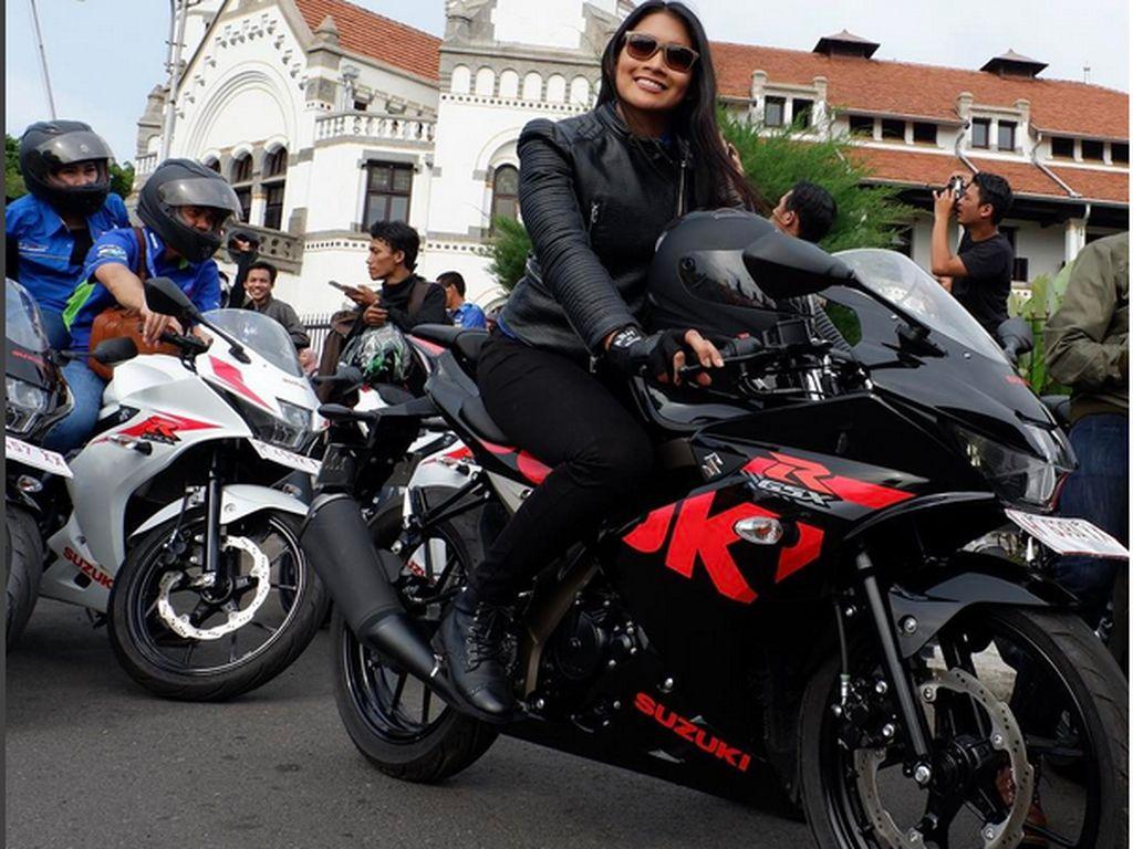 Suzuki GSX Dirancang Cocok untuk Wanita