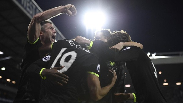 Chelsea Juara <i>Premier League</i> 2016/2017!
