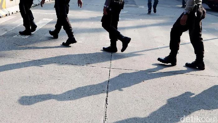 Sanksi Menanti Polisi yang Rekam Polwan Mandi