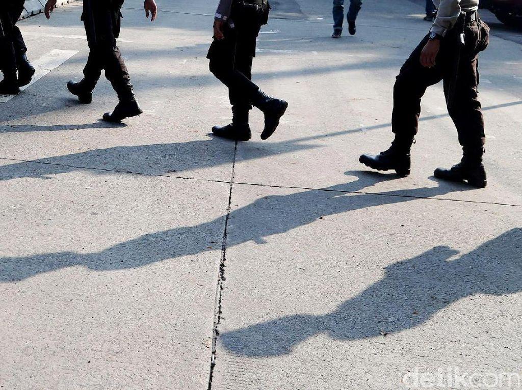 Diduga Dikeroyok, Brigadir Slamet Mengaku Kehilangan Senpi