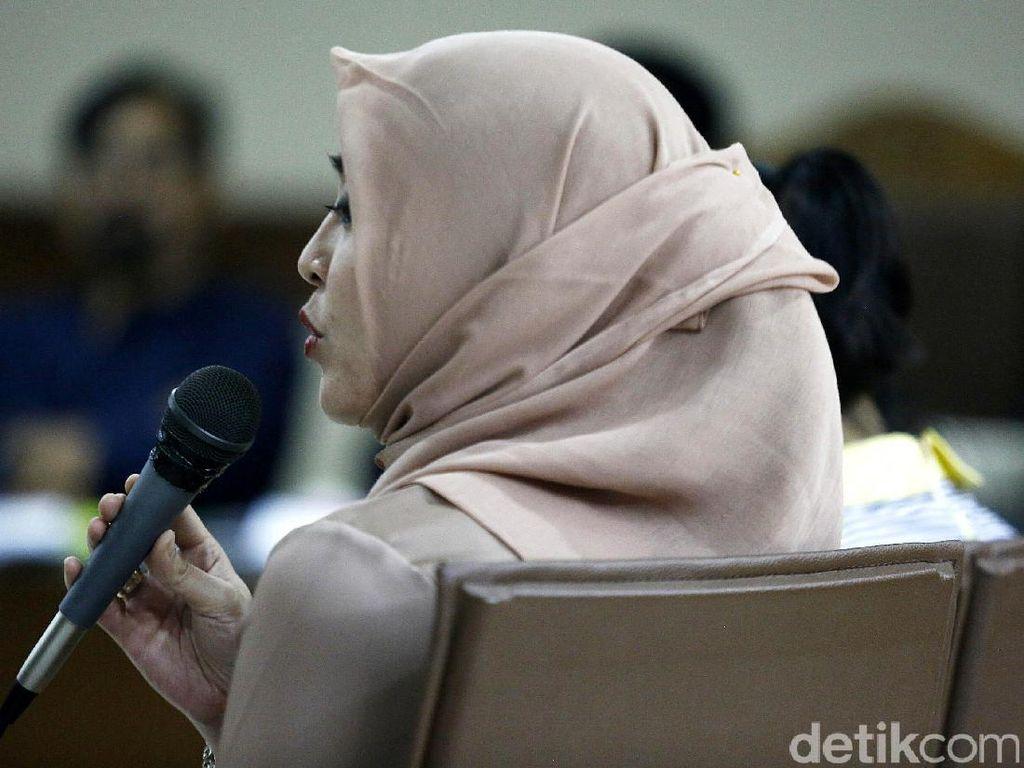 Angie: Kalau Tolak Perintah Nazaruddin, Dilaporkan ke Mas Ibas