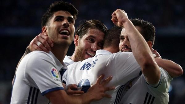 Dua Laga untuk Madrid Ulangi Sukses 1958: Kawinkan Gelar <i>La Liga</i> dan Liga Champions