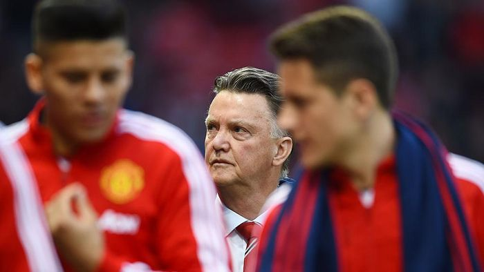 MANCHESTER, ENGLAND - APRIL 20:  Louis van Gaal Manager of Manchester United looks on during the Barclays Premier League match between Manchester United and Crystal Palace at Old Trafford on April 20, 2016 in Manchester, England.  (Photo by Laurence Griffiths/Getty Images)