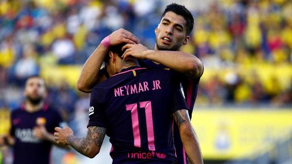 Suarez kepada Neymar: Jangan Pernah Berubah, Adikku