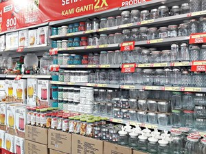 Transmart Carrefour Tawarkan Aneka Toples Cantik Kue Kering