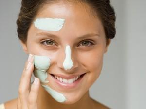 <i>Skin Gritting</i>, Teknik Hilangkan Komedo yang Jadi Viral