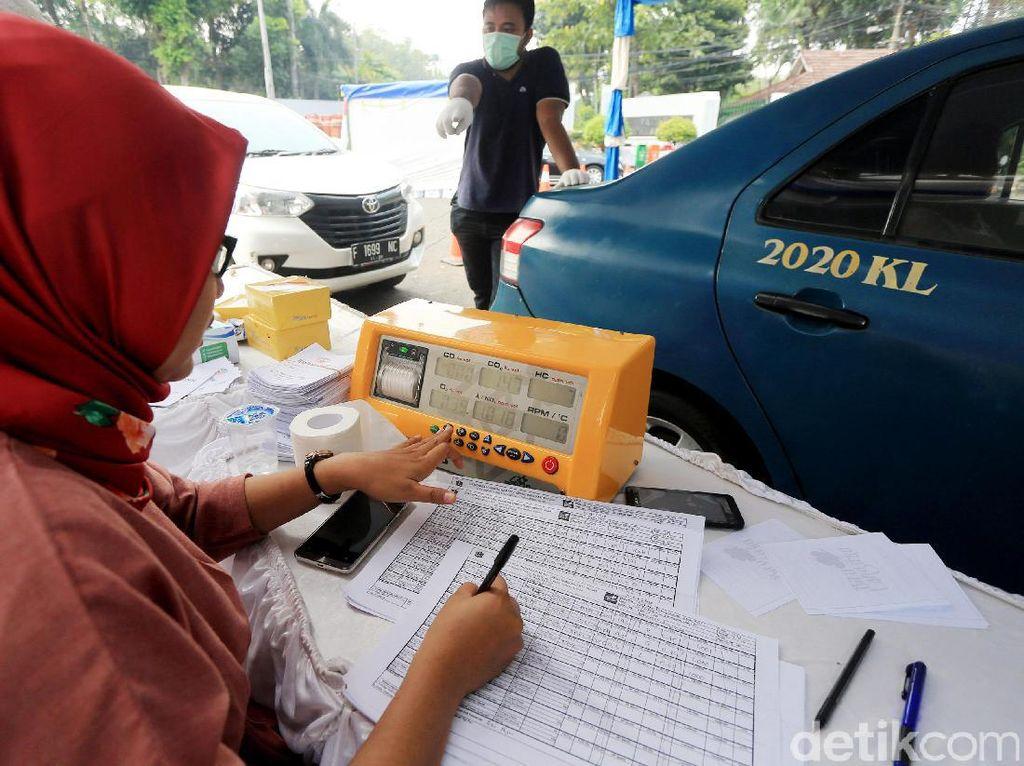 Ngurus Dapur hingga Karier, Perempuan Berisiko Kena Dampak Polusi Udara