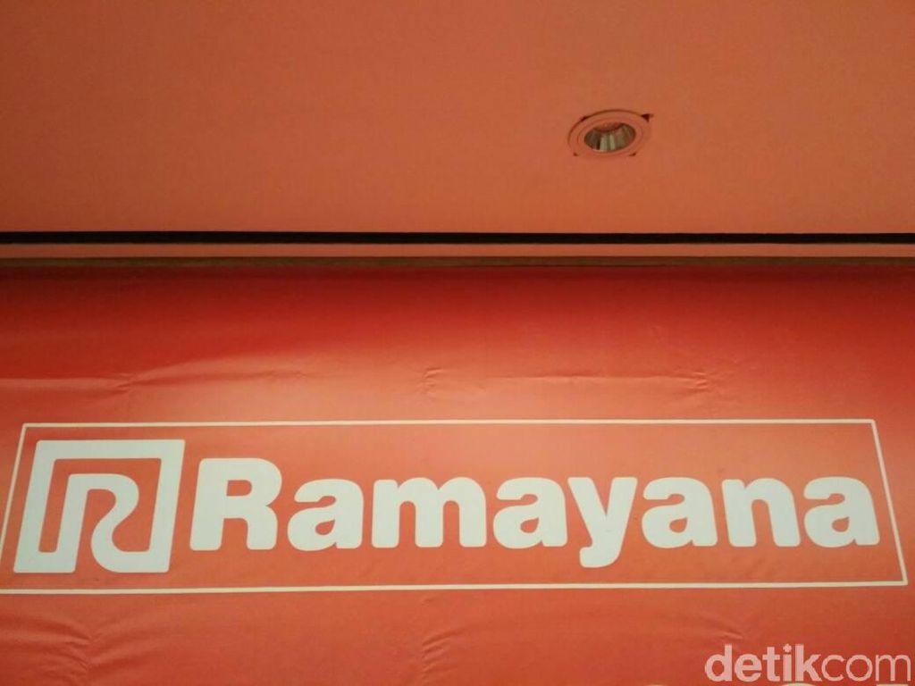 Ramayana PHK 421 Karyawan