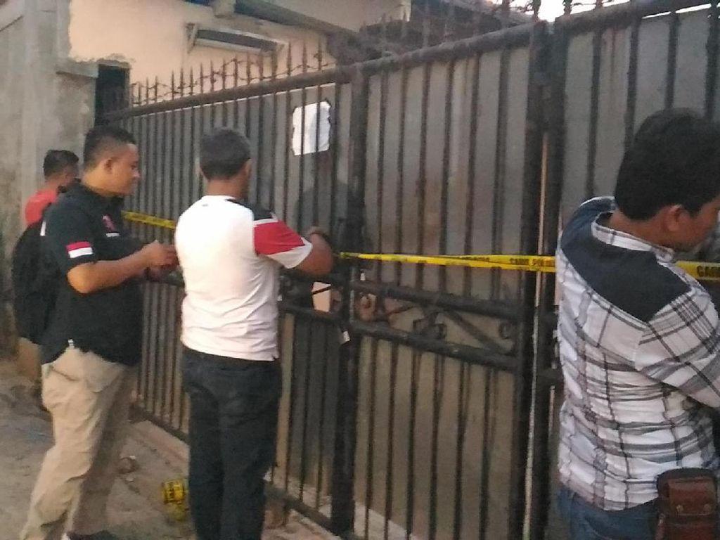 Polisi Geledah Rumah Bekas Penampungan TKW Ilegal di Bekasi