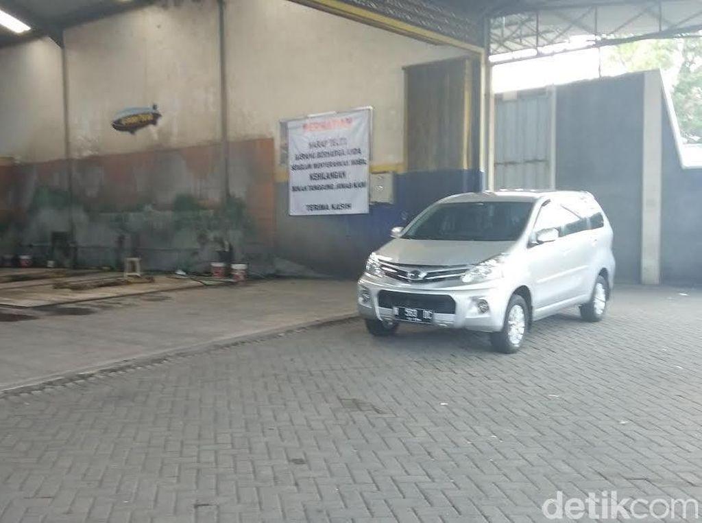 Modus Baru, Pencuri Berpura-pura Ambil Mobil di Tempat Pencucian
