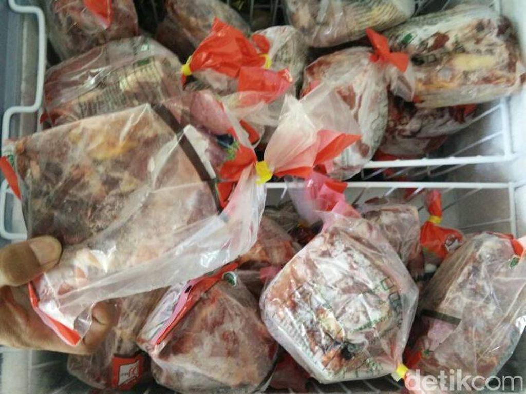 Jelang Ramadan, 550 Ton Daging Beku Impor Masuk DKI