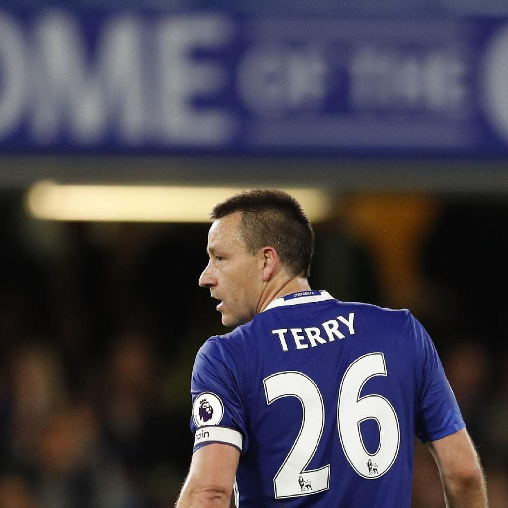 Terry Takkan Kesulitan Mencari Klub Baru