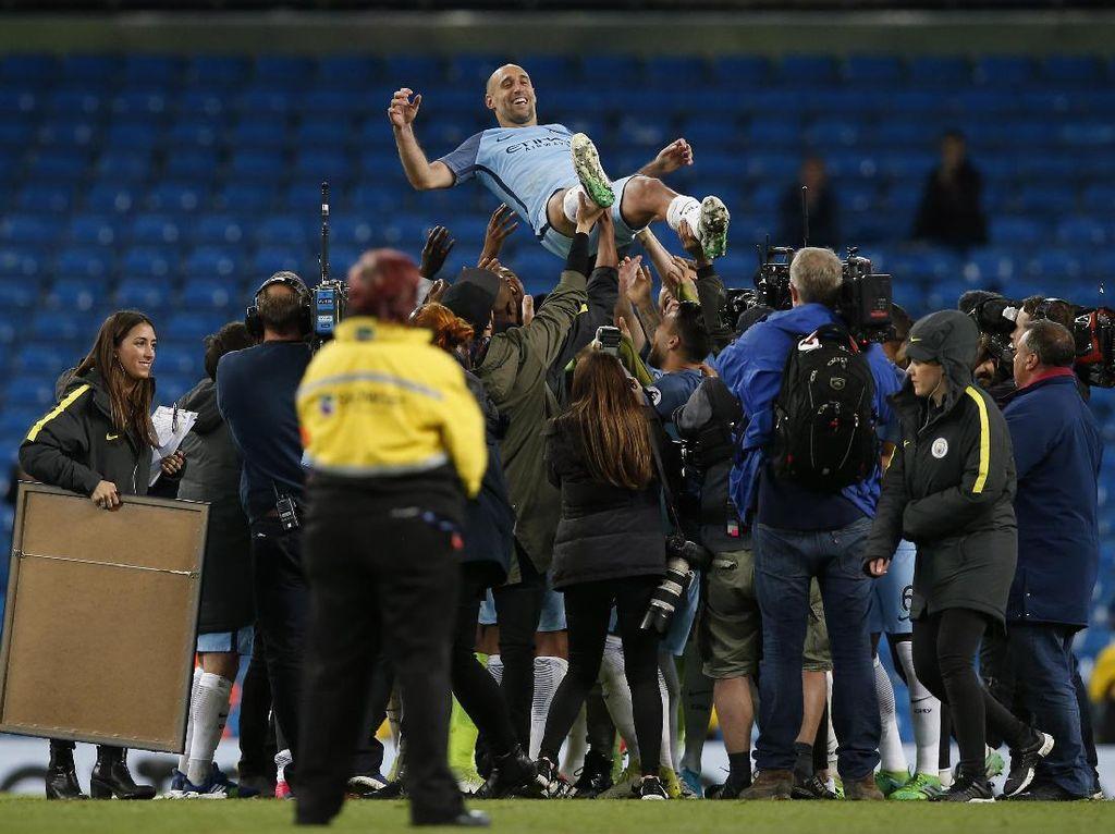 City ke Zabaleta: Etihad Stadium Akan Selalu Menyambutmu Hangat