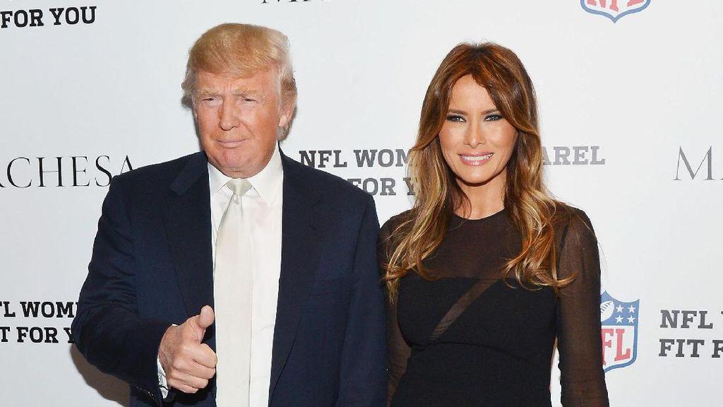 2 Kali Tolak Gandengan, Ada Apa dengan Donald Trump dan Melania?