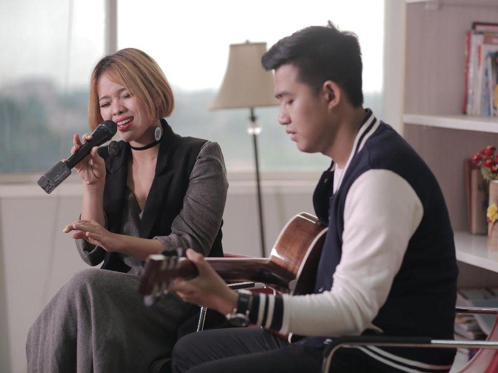 Winda Viska Tak Ingin Terpaku Pada Satu Genre Musik