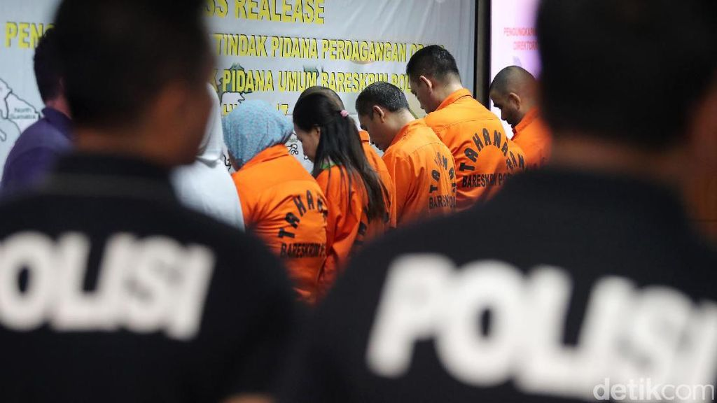 Polisi Ungkap Sindikat Perdagangan Orang Berkedok Umrah
