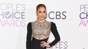 Diet Pilihan Jennifer Lopez Agar Tetap Langsing dan Bugar