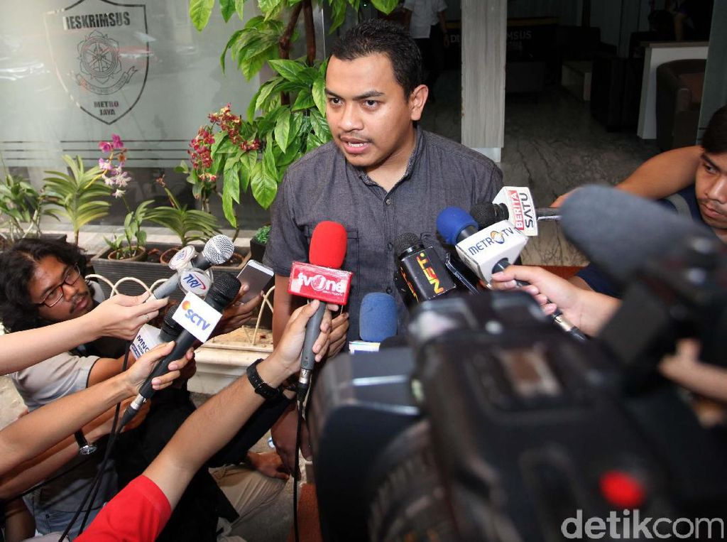 FPI Pilih Serang Balik Saat Doa Jokowi-Mega Umur Pendek Dikritik
